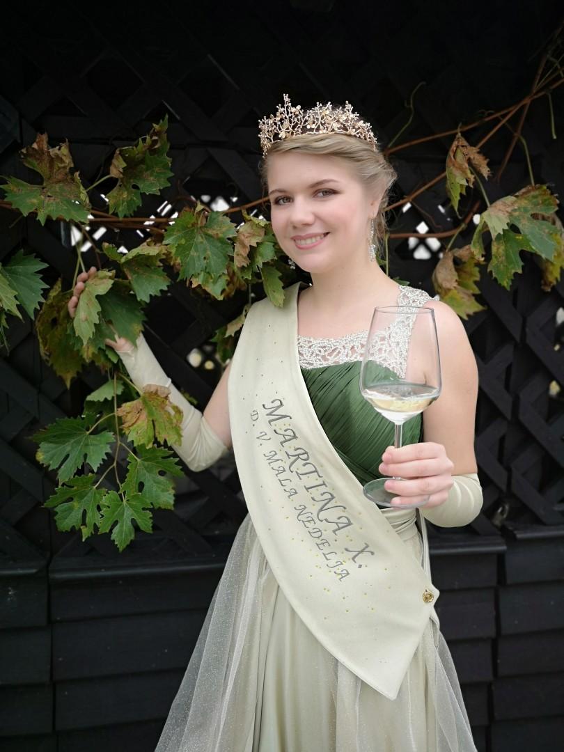 Vinska kraljica Martina X.